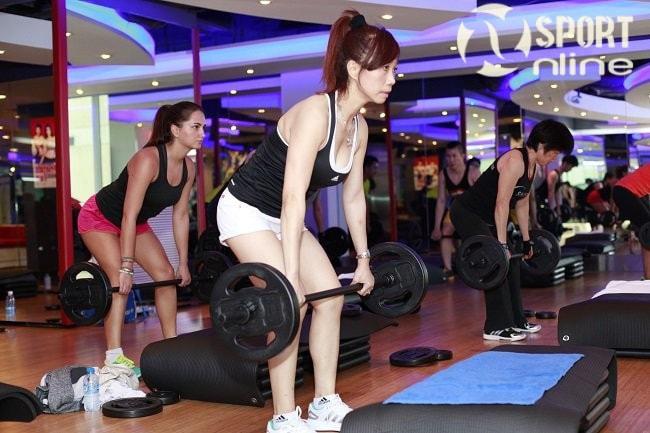 tập gym buổi sáng