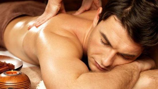 massage giúp phục hồi chấn thương khi tập thể hình